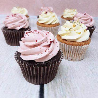 Family Bakery cupcakes malina vanilka