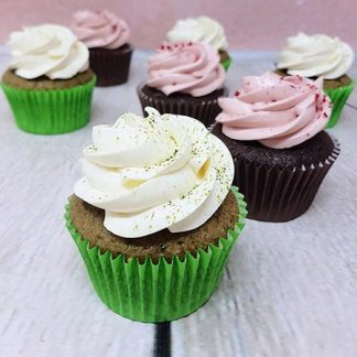 Family Bakery cupcakes malina matcha