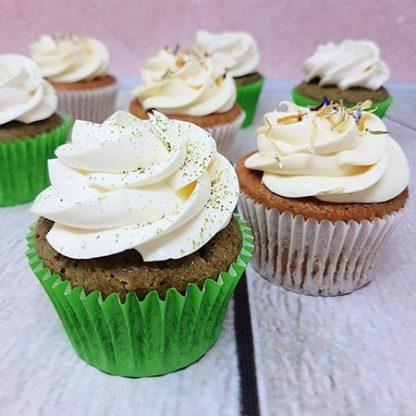 Family Bakery cupcakes matcha vanilka
