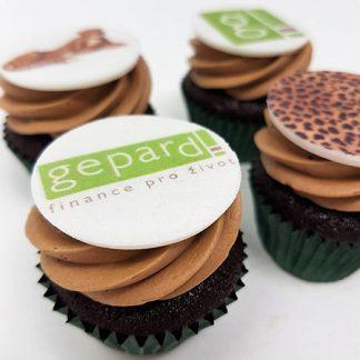 Cupcakes s logem