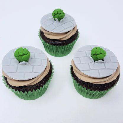 Tematicke cupcakes hulk