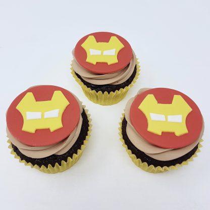Tematicke cupcakes ironman
